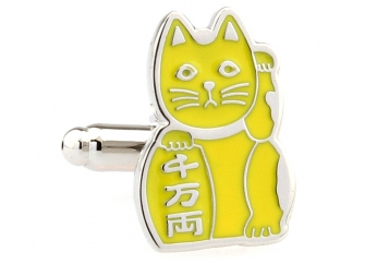 Beckoning Cat gold cufflinks - Click Image to Close